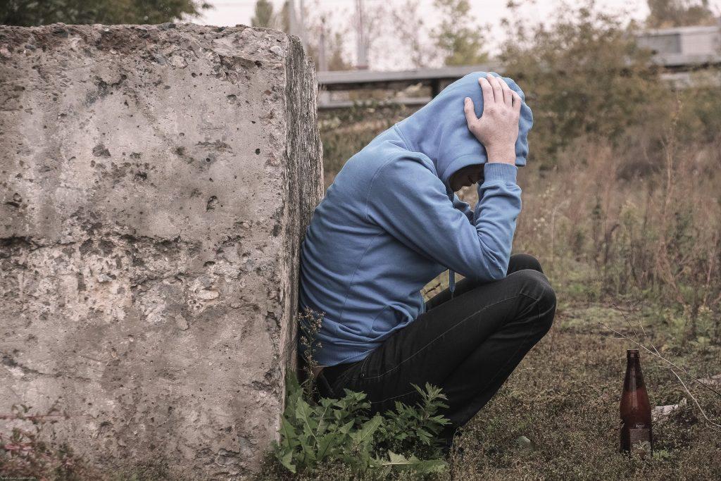 jeune drogué regrette stop à la drogue prévention